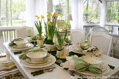 Beautiful Spring Easter Dining Table Setting with Fresh Daffodil Flowers with Easter Bunny Topiary Centerpiece, Cute Ceramic Bunny Planters and Moss Table Runner. Interior Decorating Ideas for Spring Easter (Part Easter Table Settings, Easter Table Decorations, Decoration Table, Setting Table, Spring Decorations, Moss Table Runner, Dresser La Table, Moss Centerpieces, Outdoor Patio Bar Sets