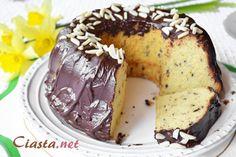 przepis na babkę amaretto z czekoladą