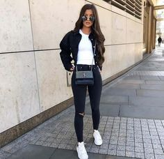 113 trendy winter outfits to help to level up your winter style 107 Mode Outfits, Chic Outfits, Winter Outfits, Fashion Outfits, Fashion Hacks, Fashion Clothes, Fashion Tips, Look Fashion, Winter Fashion