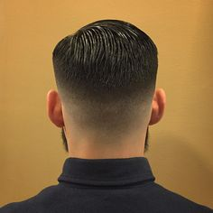 Cool Hairstyles For Men, Boy Hairstyles, Haircuts For Men, 2018 Haircuts, Hair And Beard Styles, Curly Hair Styles, Urban Look, Gents Hair Style, Hair Cutting Techniques