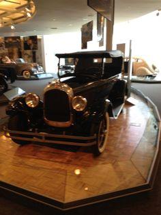 beautiful! Chrysler Museum, Antique Cars, Antiques, Vehicles, Beautiful, Vintage Cars, Antiquities, Antique, Car