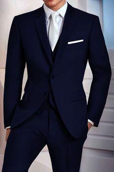 Blue Suit Men, Men's Blue Suits, Man In Suit, Suit For Men, Suit Styles For Men, Blue Suit Groom, Best Groom Suits, Blue Pants Men, Dark Blue Suit