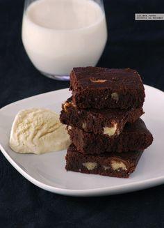Cómo hornear los mejores brownies. Guía de consejos y trucos para hacer un…