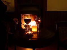Kaminfeuer im SONNENHOF*** Kaminbar, englische Lounge Bar und gemütliche Lesegruppe www.HotelSonnenhof.com