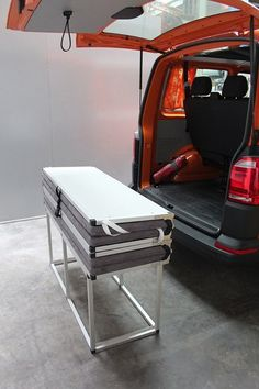 Like the modules, the folding bed is easily removable
