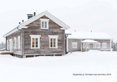 Timisjärvi taiteilijaresidenssi by Pentik Oy - issuu Exterior House Colors, New Home Designs, House In The Woods, Old Houses, Beautiful Places, Sweet Home, New Homes, Farmhouse, Cottage