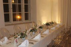 wunderschöne Räumlichkeiten bieten wir Ihnen im Wasserschloss Taufkirchen an der Vils. GAVESI wird Ihnen das Hochzeitsmenü im Fuggersaal servieren.