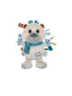 Dou-Dou con etiquetas Label-label Friends Oso Polar Label-label Friends Oso Polar Muchos de nuestros peques disfrutan chupeteando las etiquetas de sus muñecos o ropita, y también les gusta el tacto suave de las cosas. Estos dou-dous están fabricados con telas suaves, rodeados de etiquetas de distintos colores y texturas, ayudando a estimular los sentidos del bebé. Son perfectos para tener a los peques entretenidos durante un rato, y también son un agradable compañero