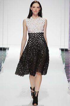 Primavera em Crochê | http://modaemcroche.com.br - Vestido de crochê - Dior Resort 2015