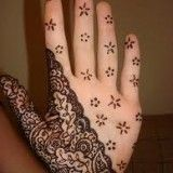 Latest and beautiful Arabic Mehndi Designs for hands, you can enjoy with these mehndi designs .