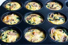Eier Muffins mit Spinat und Champignons