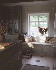 Home Interior, Kitchen Interior, Interior Design, Cottage Kitchens, Home Kitchens, Küchen Design, House Design, Interior Inspiration, Living Spaces