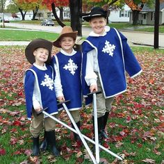 Literary Halloween costumes 1. Blue felt tunic 2. White felt cross. Google image  musketeer cross  3. Chinos white dress shirts and boots- Salvation Army ...  sc 1 st  Pinterest & simple no-sew DIY Three Musketeers costume | For my kids | Pinterest ...