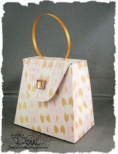 Handbag gift box: free template to download