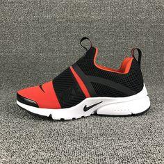 Nike Slip On Shoes, Cheap Running Shoes, Black Nike Shoes, Black Running Shoes, Cute Sneakers, Slip On Sneakers, Cute Shoes, Shoes Sneakers, Sneakers Fashion