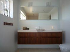 Pen baderomsinnredning, hytta i Rindal Gate, Vanity, Real Estate, Bathroom, Dressing Tables, Washroom, Powder Room, Portal, Vanity Set