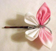 They're both doll sized kanzashi. Sunny Waterlily and Butterfly Doll's Kanzashi Ribbon Art, Fabric Ribbon, Ribbon Crafts, Flower Crafts, Ribbon Bows, Fabric Crafts, Cloth Flowers, Fabric Flowers, Hair Ribbons