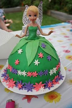 Tinker Bell Cake - I love Tink!!!! I love this sooooooooo much cute