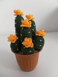 Resultado de imagen para cosicasraquel cactus crochet con mariposa