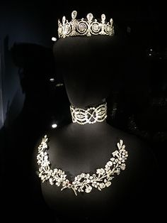 Mary Scott Townsend - Cartier Paris crown set