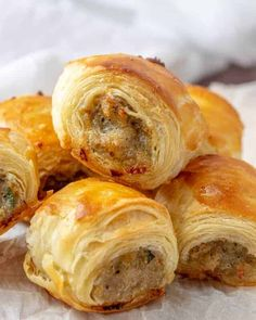 Sausage Rolls – An Easy Fun Party Appetizer! Sausage Rolls – An Easy Fun Party Appetizer!,Fingerfood Easy, filling and perfect for parties these Sausage Rolls are savory, meaty and full of just the right. Sausage Recipes, Cooking Recipes, Sausage Spices, Sausage Appetizers, Easy Recipes, Healthy Recipes, Cooking Games, Easy Fingerfood Recipes, Easy Sausage Roll Recipe