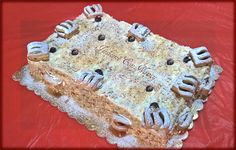 Torta millefoglie classica con crema chantilly e amarene