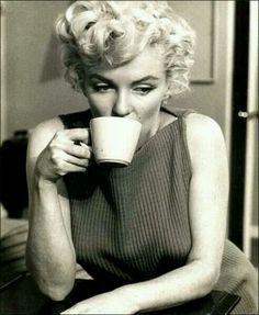 Coffee with Marilyn Monroe