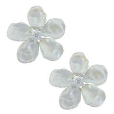 Siman Tu Kieshi Pearl Flower Earrings