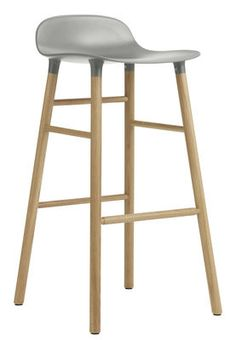 Tabouret de bar Form / H 75 cm - Pied chêne Gris / chêne - Normann Copenhagen - Décoration et mobilier design avec Made in Design