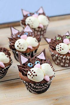Cat cupcakes - Petits gâteaux chats.