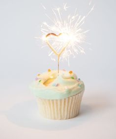 Heart Sparklers!!  | Repinned by Itzy Ritzy