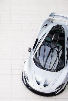 love this sports cars vs lamborghini sport cars cars Maserati, Lamborghini, Ferrari, Porsche, Audi, Jaguar, Sexy Cars, Hot Cars, Rolls Royce
