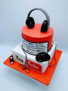 Media cake by Olina Wolfs