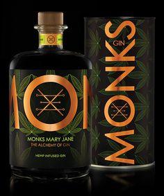 Alcohol Bottles, Liquor Bottles, Wine Label Design, Bottle Design, London Gin, Gin Distillery, Spiritus, Dry Gin, Scotch Whiskey