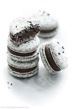 Oreo chocolate macarons, omg, yes!