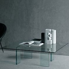 The Glass Table Coffee Table model from Glas Italia is a favorite at Switch Modern. We're pleased to offer no sales tax* and our price match guarantee.