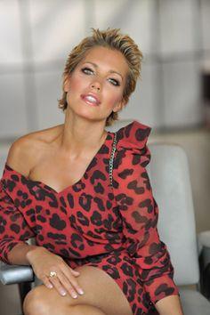 1183 Beste Afbeeldingen Van Sylvie Van Der Vaart Beautiful Women
