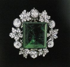"""THE ROMANOVS JEWELRY ~ this is a 136 carat emerald """"The Green Queen"""". Decorated by diamonds. In belonged to Nikolai of Russia and later in 1913, to GD Alexandra Iosifovna, wife of Nikolay II relative. Today is kept in the Diamond Fund, Moscow Kremlin ~"""