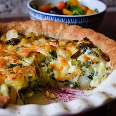 Made with a regional cheese, this humble and homely Lancashire cheese and onion plate pie, from Only Crumbs Remain is full of flavour and comfort.#britishrecipe #onlycrumbsremain #cheeserecipe #pie Quiche Recipes, Cheese Recipes, Homity Pie, Lancashire Cheese, Cheese And Onion Pie, Humble Potato, Ham Dinner, Scottish Recipes, Vegetarian Cheese