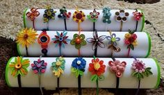 Quilling Quilling Keychains, Paper Quilling Jewelry, Paper Quilling Patterns, Quilling Earrings, Paper Jewelry, Quilling Dolls, Arte Quilling, Quilling Paper Craft, Quilling Flowers