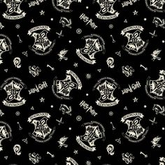 This is the end of the bolt Welcome to J. Rowling's magical Wizarding World of Harry Potter with this black everything Hogwarts fabric. This is a beautiful fabric that will thrill any Harry Potter fan. This is a licensed product. Harry Potter Crest, Theme Harry Potter, Harry Potter Hogwarts, Mickey Minnie Mouse, Pluto Mickey, Slytherin, Hogwarts Crest, Tissu Harry Potter, Harry Potter Fabric