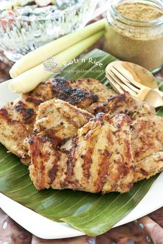 This flavorful Grilled Masala and Lemongrass Chicken uses boneless skinless chicken thighs for a shorter cooking time. Lowfat yogurt helps keep them moist.| Food to gladden the heart at RotiNRice.com #RotiNRice