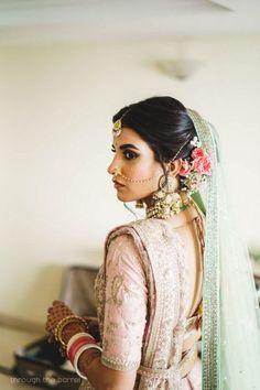 An Elegant & Fun Delhi Wedding With A Bride In Stunning Pastels! Indian Wedding Poses, Indian Wedding Planning, Indian Wedding Photography, Bride Photography, Wedding Looks, Bridal Looks, Wedding Bride, Wedding Ceremony, Hair Wedding
