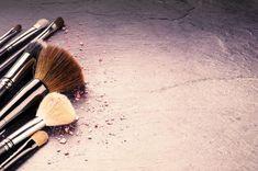 of professional makeup brushes. With copyspace ,Collection of professional makeup brushes. Makeup Png, Diy Makeup, Makeup Tips, Makeup Backgrounds, Makeup Wallpapers, Makeup Artist Logo, Makeup Artist Business Cards, Up Imagenes, Ariana Grande Makeup