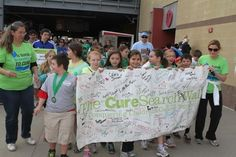 Survivors gathered at the 2013 Kansas City CureSearch Walk