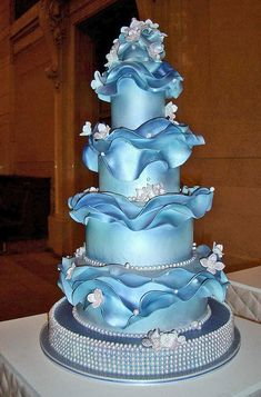 Provides information and picture of best wedding cakes, wedding cake designs, wedding cake ideas, wedding cake toppers, wedding cupcakes and anniversary cakes. Cake Boss Wedding, Beautiful Wedding Cakes, Gorgeous Cakes, Wedding Cake Designs, Pretty Cakes, Amazing Cakes, Cake Wrecks, Dolphin Cakes, Boat Cake