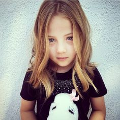It is evident that little girl haircuts are the best and natural ways of managing your kid's hair. Most hairstyles do not require a lot of maintenance, and