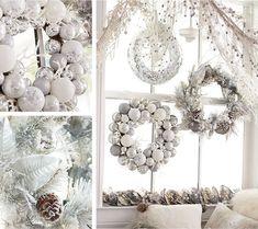 awesome 48 Totally Inspiring Christmas Wreaths Decoration Ideas as White as Snow  https://decoralink.com/2017/11/10/48-totally-inspiring-christmas-wreaths-decoration-ideas-white-snow/