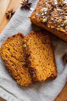 The BEST Healthy Pumpkin Bread recipe made with real pumpkin, bananas, whole wheat flour, and pumpkin spice! Sweetened with honey, maple syrup, and a little bit of brown sugar, this dairy-free pumpkin bread is SO delicious. Perfect as a healthy dessert or breakfast recipe that everyone will love!