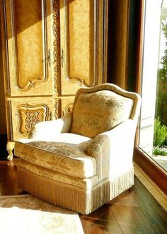 Furniture Model Homes Furniture For Sale Skirted Vanity Chair Condo Living Room Decorating Ideas 458x640 Seating…
